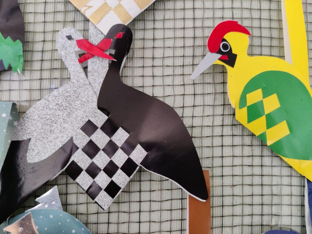 Et julehjerte med Hvid Stork (Ciconia ciconia) og Sort Stork (Ciconia nigra) og et med Grønspætte (picus viridis). Ildfugl.com.