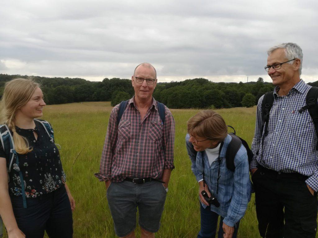 Medlemmer af DN-Furesø: Fra venstre er det Marie-Inger Dam, Lars, Lisbet Heerfordt og Steen Kryger. Violetrandet Ildfugl eftersøgning. Naturopleveler. Naturen omkring Farum sø.