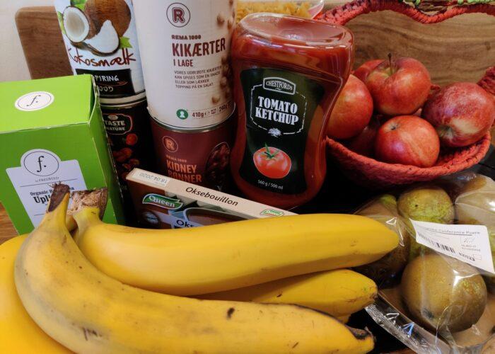 Køb kun ting du har brug for. Lav en madplan og indkøbsliste - og hold dig til den når du handler. - det er økonomisk sundt og bæredygtigt. 10 tips til at leve bæredygtigt og spare på jordens ressourcer. Hverdagsaktivisme. Ildfugl.com